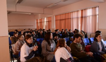 meeting with young people from high school traian Vuia (3)